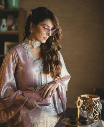 AYEZA KHAN IMAGES PHOTO WALLPAPER DOWNLOAD