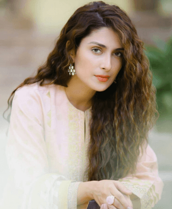AYEZA KHAN IMAGES PICS PICTURES FREE HD